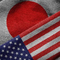 Японцы стали меньше доверять США