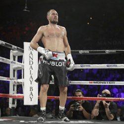 Боксер Ковалев проведет защиту титула чемпиона мира с Михалкиным 3 марта
