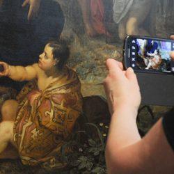 Русский музей в Петербурге создал приложение, распознающее экспонаты через камеру телефона