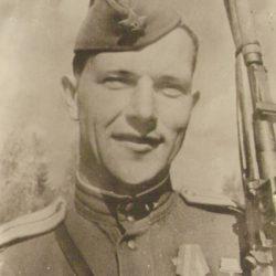 Куда исчезла могила Героя Советского Союза капитана Ивасика Михаила Адамовича