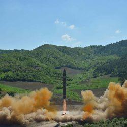 WP: разведка США выявила признаки производства в КНДР новых ракет