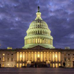 """Сенаторы США хотят получить от госсекретаря отчет о """"военных преступлениях РФ в Сирии"""""""