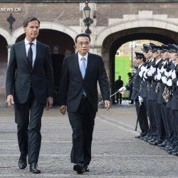 Ли Кэцян на переговорах с премьер-министром Нидерландов призвал к еще более открытому практическому сотрудничеству, совместной защите мультилатерализма