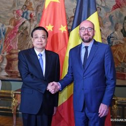 Ли Кэцян встретился с премьер-министром Бельгии Ш. Мишелем