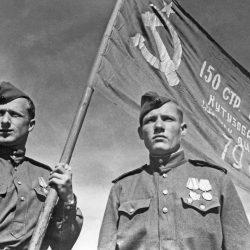 Жизнь и смерть знаменосца Победы