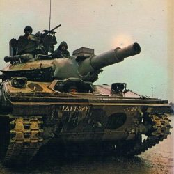 Советский спецназ забрал танк у американцев. США протестовали.