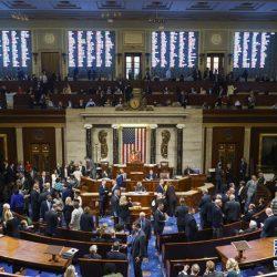 Палата представителей США приняла резолюцию о придании официального характера расследованию об импичменте Д. Трампа