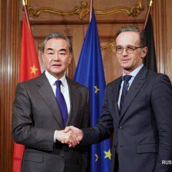 Китайско-европейские отношения сталкиваются с новыми возможностями развития -- Ван И