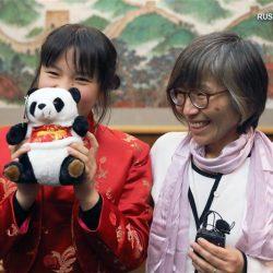 Девочка из Токио собрала материальную помощь для страдающего от вспышки коронавирусной инфекции Уханя