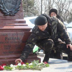 В Приморье росгвардейцы почтили память погибшего Героя