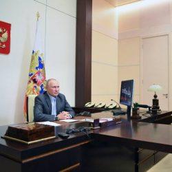 Путин: «Смотрите, как бы у нас не получилось, как в Советском Союзе - всё есть, но не всем хватает»
